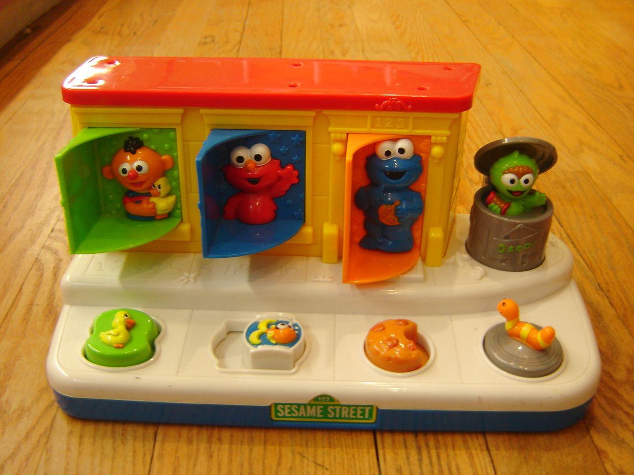 Sesame Street Musical Toys : Mattel sesame street workshop singing pop up pals musical