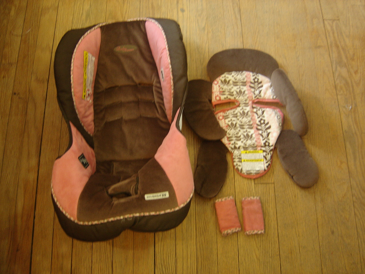 graco snugride 32 pink brown car seat cover infant insert and strap covers ebay. Black Bedroom Furniture Sets. Home Design Ideas
